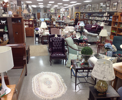 Welcome to Heirloom Consignments!